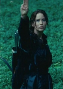 Katniss_salute_to_the_people
