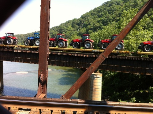 Tractors_on_the_train