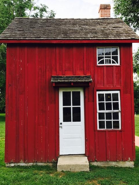 Tiny House 1.jpeg